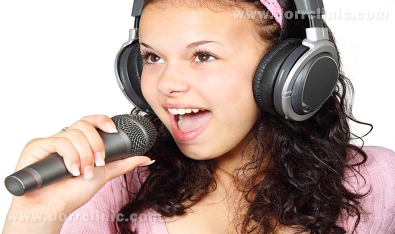 ارتودنسی روی آواز خواندن